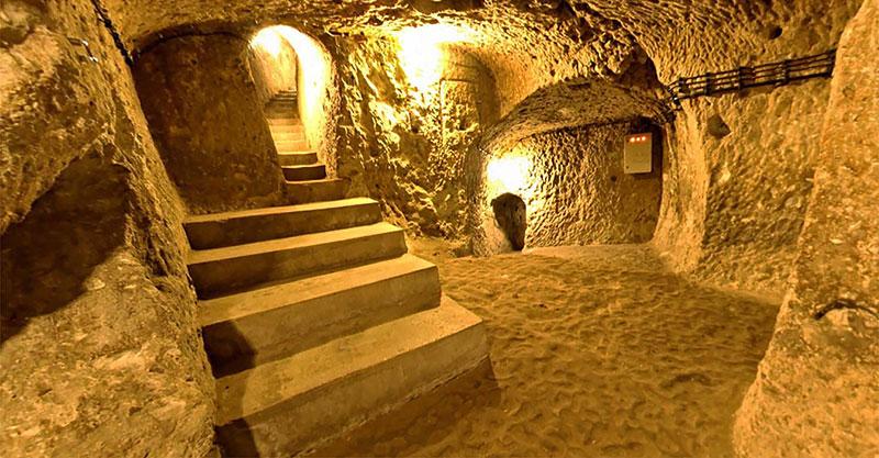 Деринкую город под землей в Каппадокии