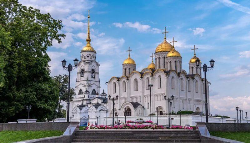 Остановка во Владимире