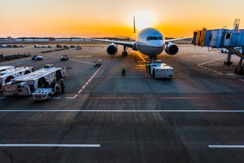 Аэропорт Калининграда: как добраться до города