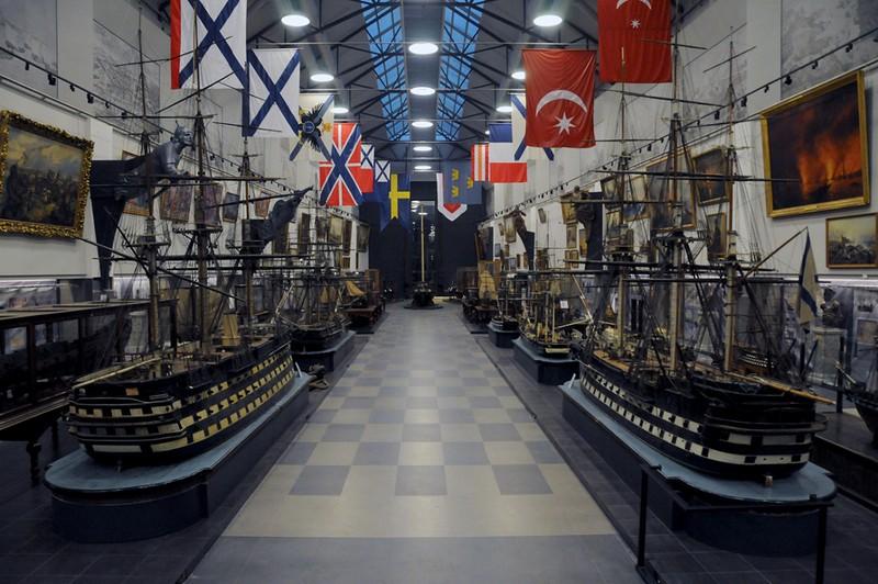 Военно-морской музей в Питере