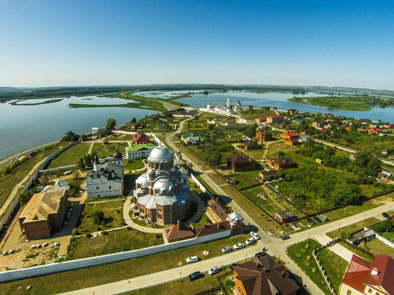 Экскурсии в Свияжск из Казани на автобусе